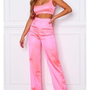 WF neon pink two piece